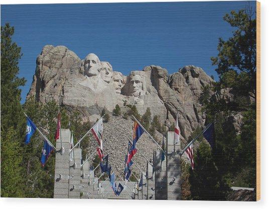 Mount Rushmore Avenue Of Flags Wood Print