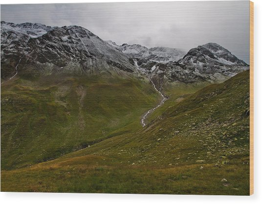 Mountainscape With Snow Wood Print