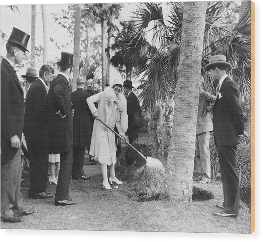 Mrs. Calvin Coolidge Planting Wood Print