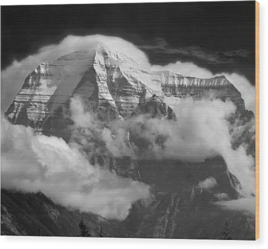 102496-mt. Robson Wreathed In Clouds Wood Print