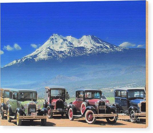 Mt. Shasta And Retro Cars  Wood Print