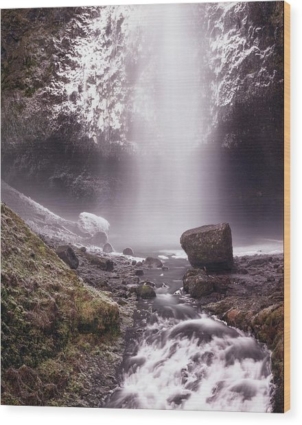 Multnomah Falls In Ice Wood Print
