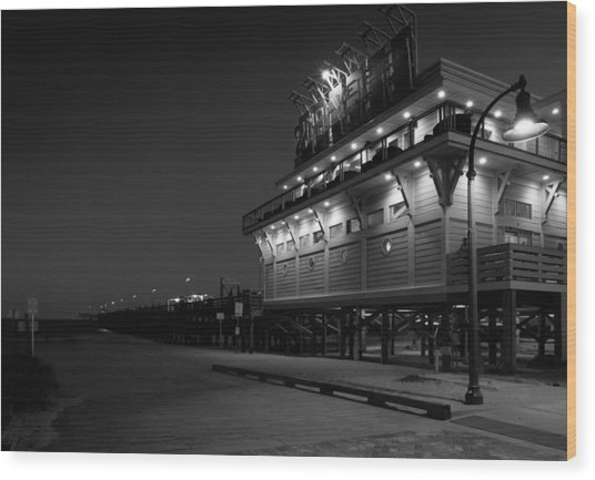 Myrtle Beach 2nd Ave Pier At Night Wood Print