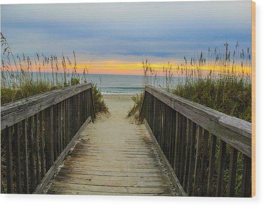 Myrtle Beach Morning Walk  Wood Print by Donald Hovis Jr