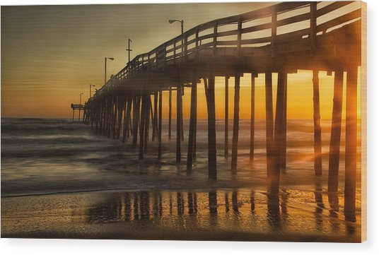 Nags Head Fishing Pier Wood Print