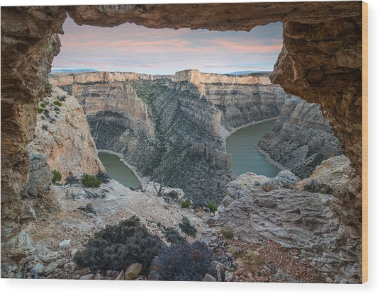 Natural Arch In Bighorn Canyon Wood Print by Leland D Howard