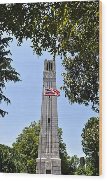 Nc State Memorial Bell Tower And Us Flag Wood Print