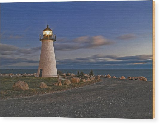 Neds Point Lighthouse In Evening Wood Print