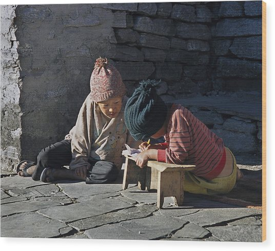 Nepalese Boys Drawing  Wood Print by Richard Berry