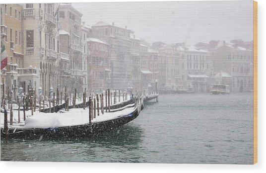 Nevica 3 Wood Print by Izabella V?gh