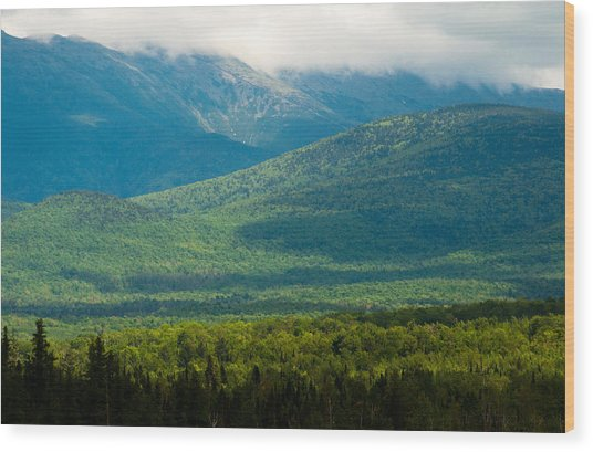 New Hampshire Mountainscape Wood Print