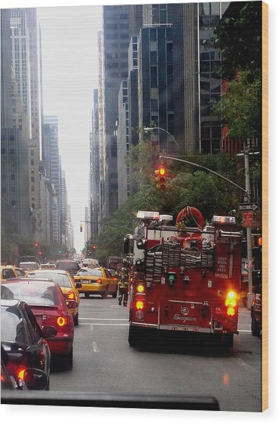 New York City Fire Department Truck Nyfd 2005 Wood Print