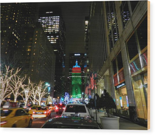 Wood Print featuring the photograph New York City - Park Ave. 001 by Lance Vaughn