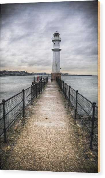 Newhaven Lighthouse Wood Print