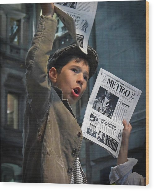 Newspaper Boys Wood Print