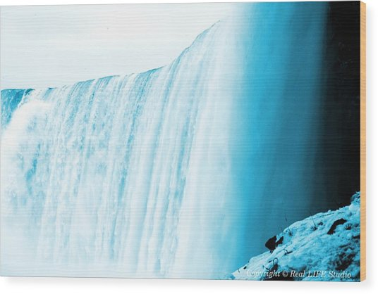 Niagara Falls ..so Blue Wood Print by Al Fritz