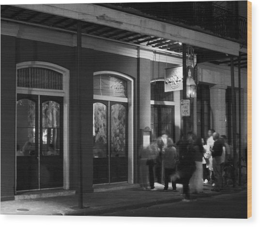 Night At Muriel's Jackson Square In Black And White Wood Print