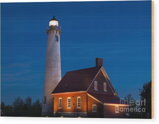 Night At The Lighthouse Wood Print