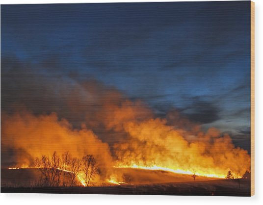 Night Burn In The Flint Hills Wood Print