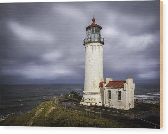 North Head Lighthouse At Sunrise Wood Print
