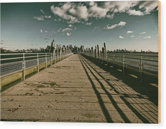 North Pier Liberty Island Wood Print
