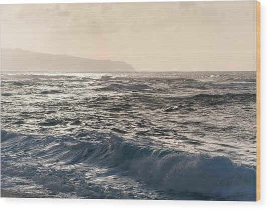 North Shore Waves Wood Print