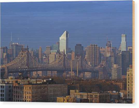 Nyc Citicorp Center And Queensboro Bridge Wood Print by Juergen Roth