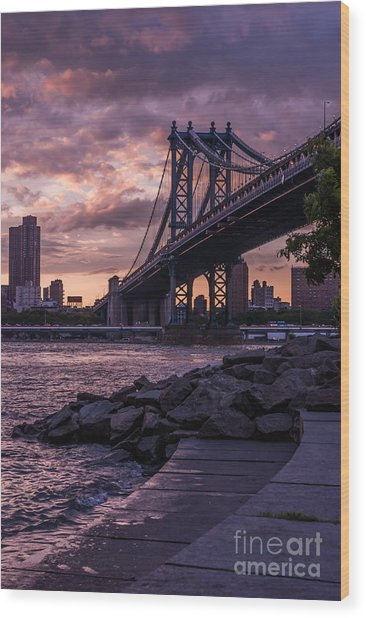 Nyc- Manhatten Bridge At Night Wood Print
