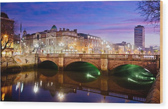 Wood Print featuring the photograph O Connell Bridge At Night - Dublin by Barry O Carroll