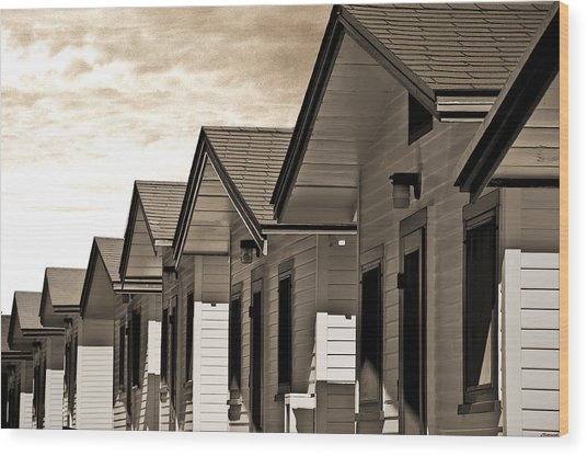 Ocean Beach Bungalows Wood Print by Larry Butterworth