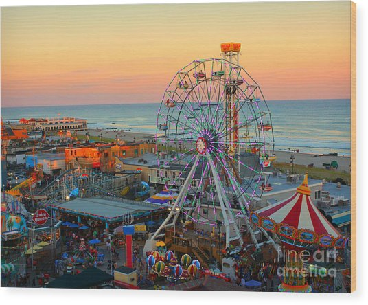 Ocean City Nj Boardwalk And Music Pier Wood Print
