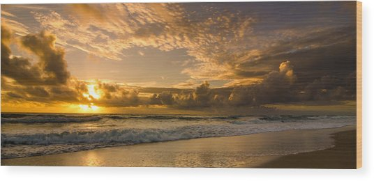 Ocean Sunrise Wood Print by Tammy Ray
