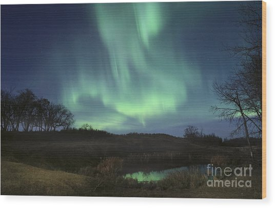 October Aurora Wood Print