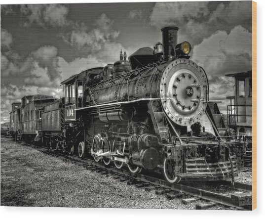 Old 104 Steam Engine Locomotive Wood Print