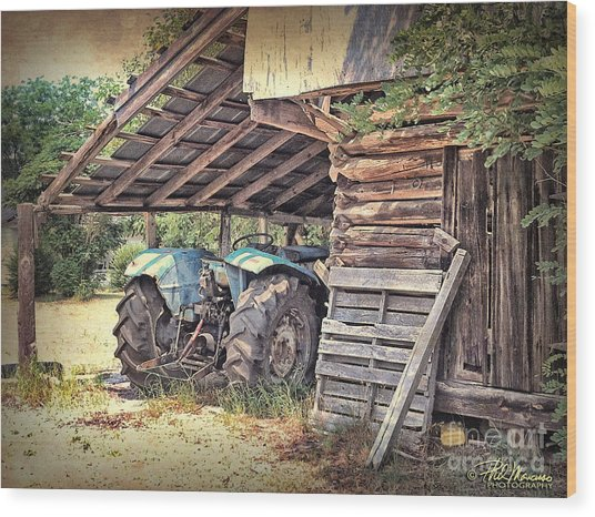 Old Barn And Tractor Wood Print