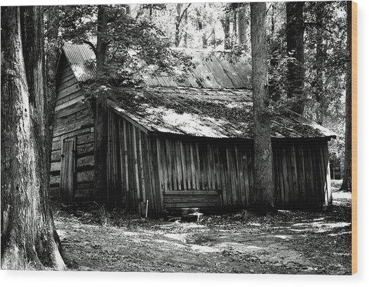 Old Barn In Georgia Wood Print