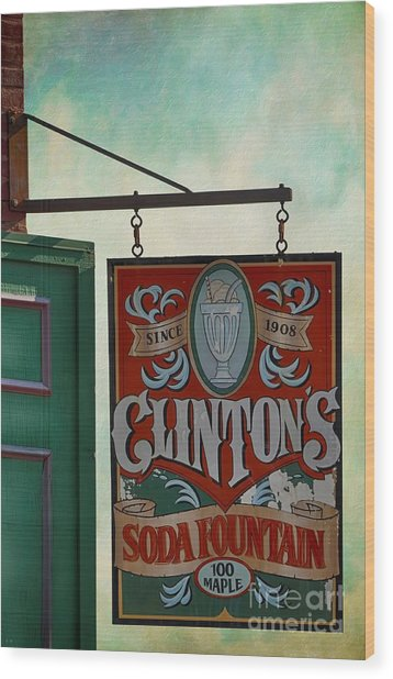 Old Clinton's Soda Fountain Sign Wood Print