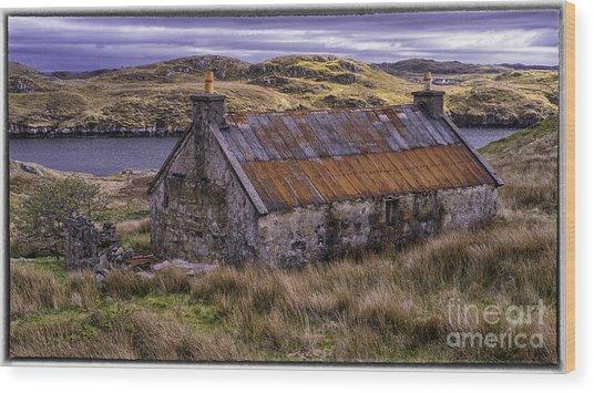 Old Croft Near Scalpay Isle Of Lewis Wood Print by George Hodlin