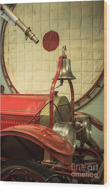 Old Fire Truck Engine Safety Net Wood Print