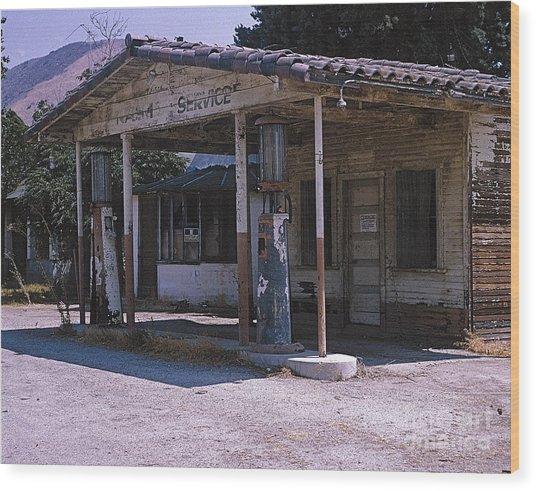 Old Gas Station Ventura Blvd Ca Wood Print