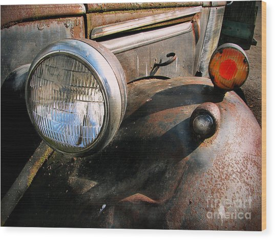 Old Headlights Wood Print