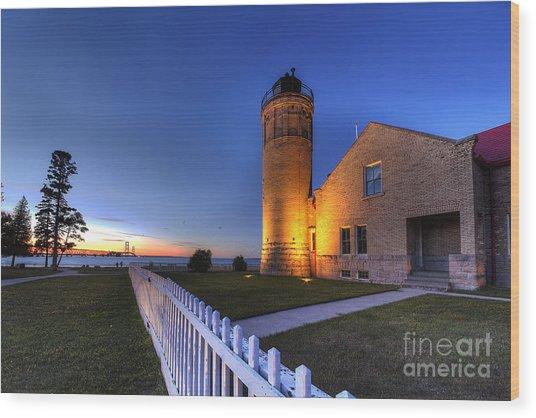 Old Mackinac Lighthouse Wood Print