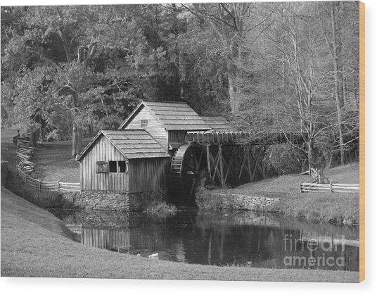 Virginia's Old Mill Wood Print