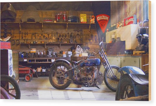 Old Motorcycle Shop 2 Wood Print