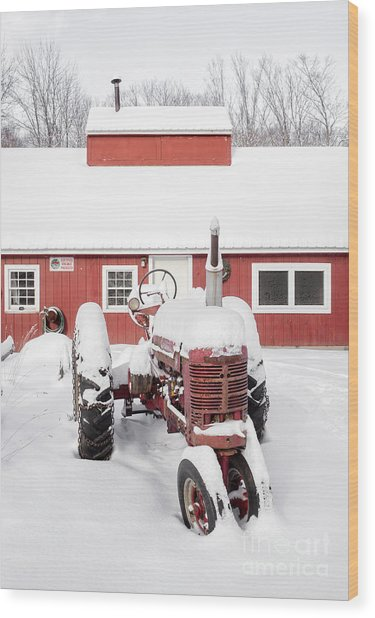 Old Red Tractor In Front Of Classic Sugar Shack Wood Print