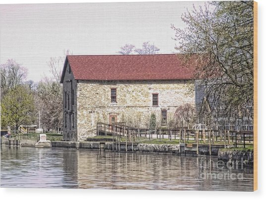 Old Stone House On The Canal Wood Print