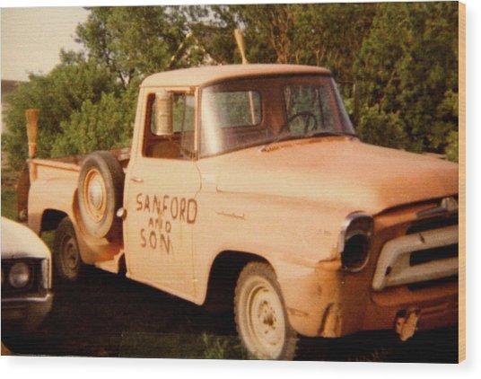 Old Truck Wood Print by Mavis Reid Nugent