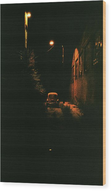 Old Vw Left All Alone   Wood Print by Hector  Valentin