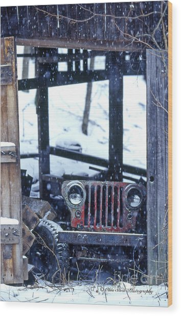 1g25 Old Willys Jeep In Old Barn Wood Print
