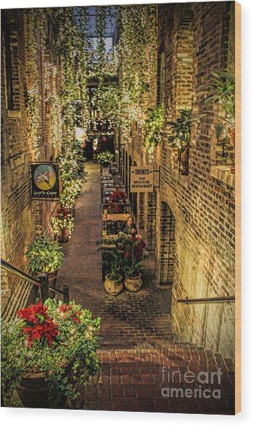 Omaha's Old Market Passageway Wood Print